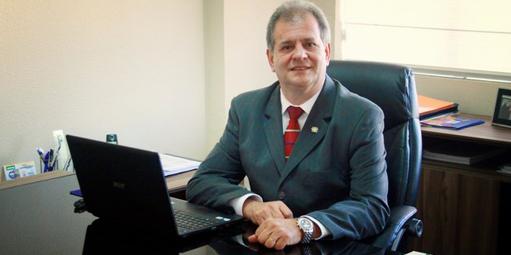 Conheça a história de Wilson Giustino, fundador do Cebrac, rede de cursos  profissionalizantes considerada a melhor franquia do setor ed7b93e632