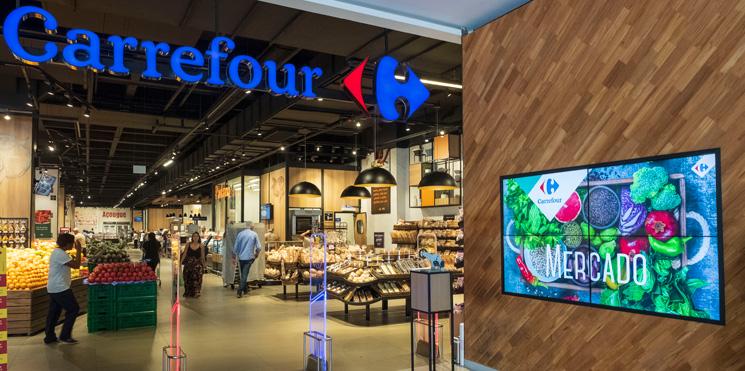 9b0a71541 Carrefour amplia entrega de alimentos via drive-thru