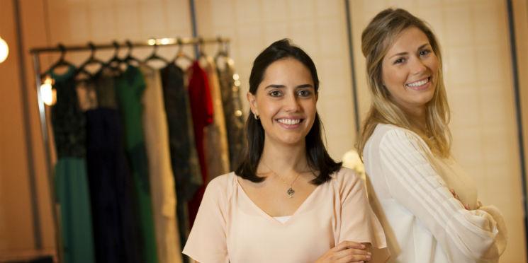 Como Essa Dupla Transformou O Mercado De Aluguel De Vestidos